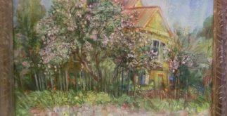 цветение. жёлтый дом