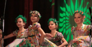 Танцевальный ансамбль Кристалл