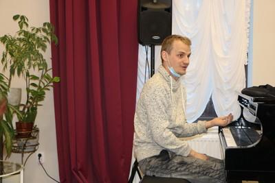Андрей Оболенский