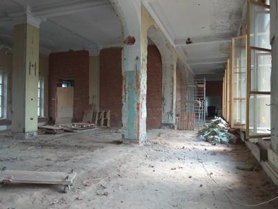 Арсенальный зал до реставрации