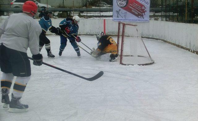 Хоккей в Сиверском