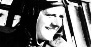 Георгий Коваленко на самолёте
