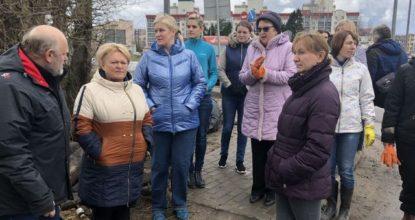 Любушкина говорит с жителями Гатчины