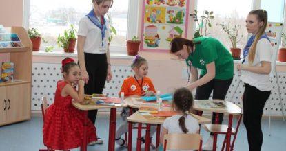 детский сад - рисуют