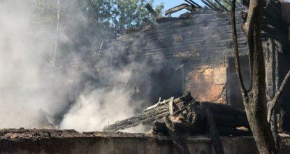 Сгоревшая усадьба Кобрино