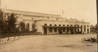 Варшавский вокзал в Гатчине